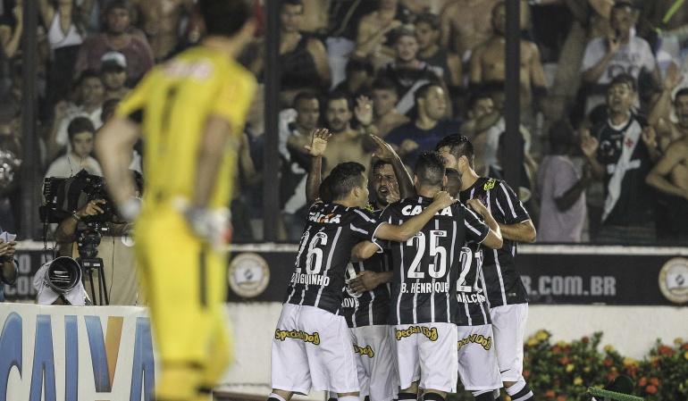 Corinthians celebra su sexto título con goleada en el clásico paulista