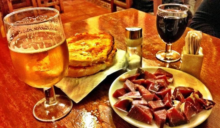 Vino y cerveza: Vino o cerveza: ¿qué es mejor (o peor) para la salud?