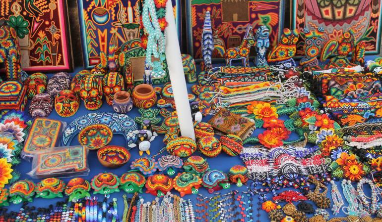 Principal feria de artesanías colombiana se inspira en el realismo mágico