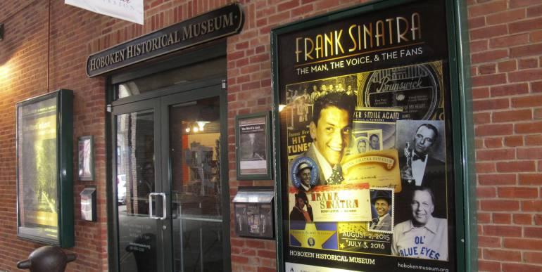 """En Hoboken, Nueva Jersey, sigue vivo el recuerdo del joven """"Franky"""", el único alumno que llegaba a clase en Cadillac durante los años de la Gran Depresión en Estados Unidos."""