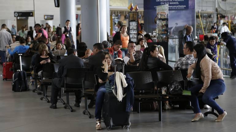 Alza del dólar incrementó viajes a destinos turísticos nacionales
