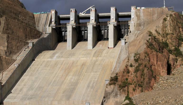 El Quimbo apaga sus turbinas para acatar fallo de la Corte Constitucional