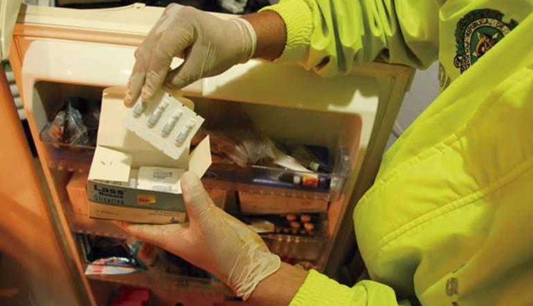 Condenan a menos de ocho años a banda que adulteraba medicamentos para VIH y Cáncer