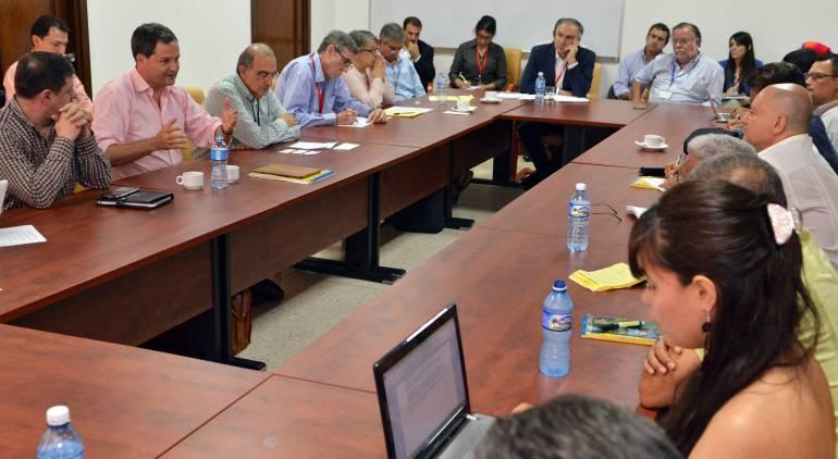 Gobernadores dispuestos a trabajar por la paz y llevar propuestas a La Habana