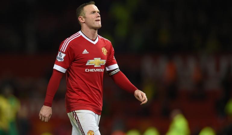 Rooney respaldo Van Gaal: Luchamos por el entrenador: Rooney