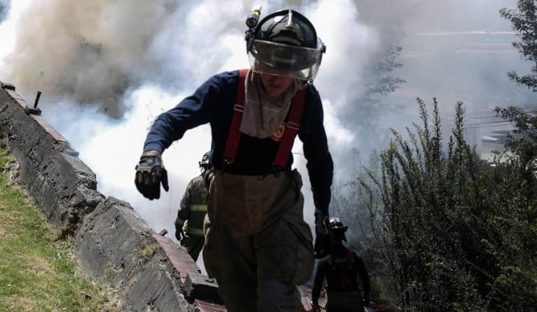 Intentan controlar incendio forestal que amenaza a tres municipios en Boyacá: Intentan controlar incendio forestal que amenaza a tres municipios en Boyacá