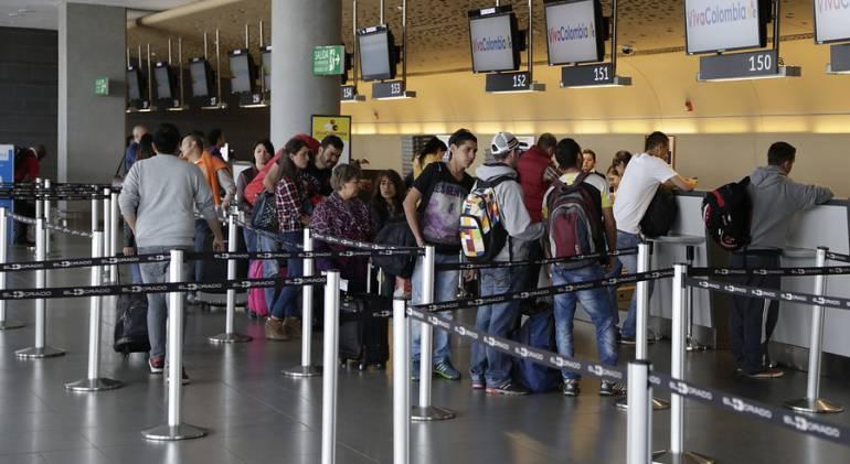 Bajaron los viajes de colombianos con destino a Venezuela