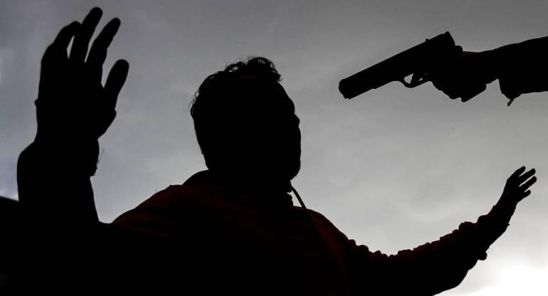 Corrupción politica Asesinan a secretario de obras públicas del Guaviare: Grupo especial del CTI investiga asesinato de secretario de obras públicas del Guaviare
