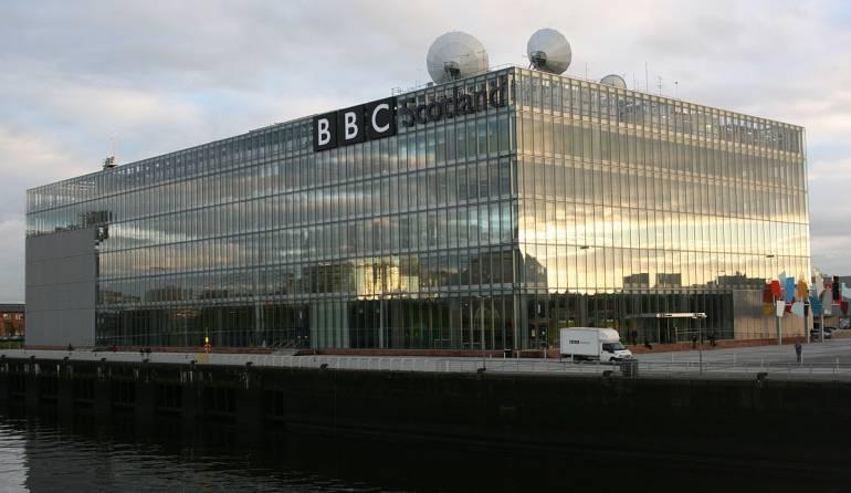 El servicio digital de la BBC cae entre temores de un ciberataque