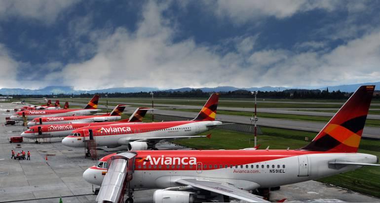 Reanudan vuelos de Avianca: Avianca reanuda paulatinamente vuelos hacia y desde Nueva York y Washington