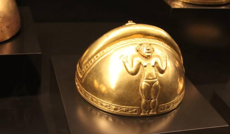 Las piezas del tesoro quimbaya se exponen en el Museo de América de Madrid.
