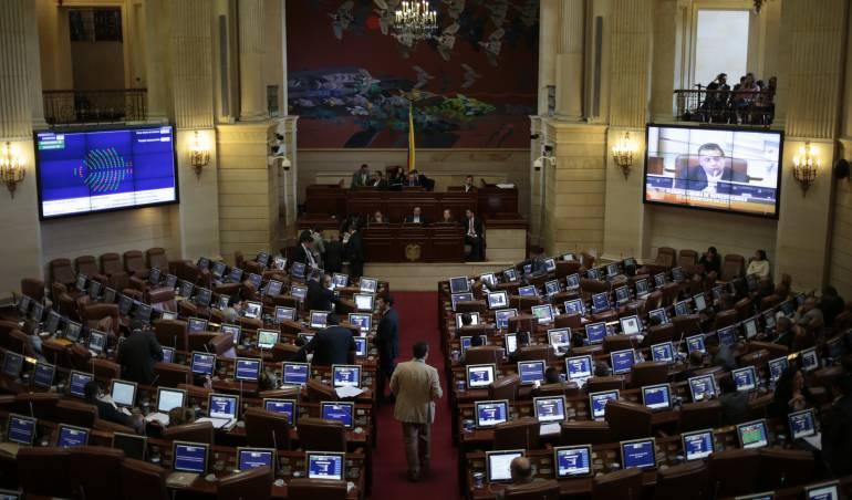 Corte Constitucional decidirá si tumba reforma que dio vía libre a la reelección en Colombia