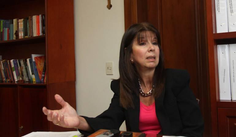 Maria Victoria Calle presidenta Corte Constitucional: María Victoria Calle escogida presidenta de la Corte Constitucional