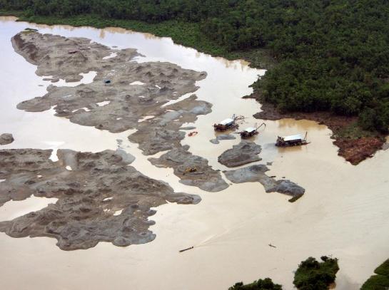 Chocó Minería Ilegal: Las secuelas de la minería ilegal en Chocó y Cauca