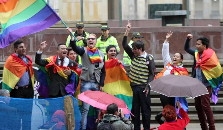 Parejas del mismo sexo podrían casarse en Colombia sin restricción