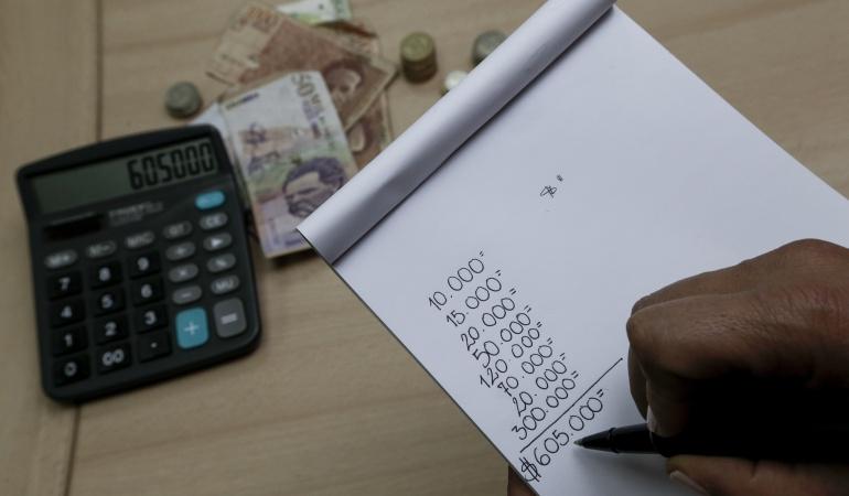 Suspender Decreto de salario mínimo podría afectar los ingresos de los colombianos.