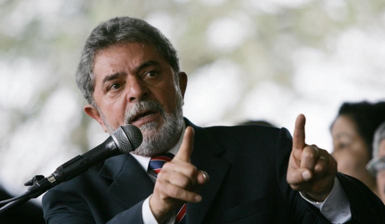 Justicia brasileña declara culpable a Lula: El juez acepta cargos por corrupción contra Lula y lo convierte en reo