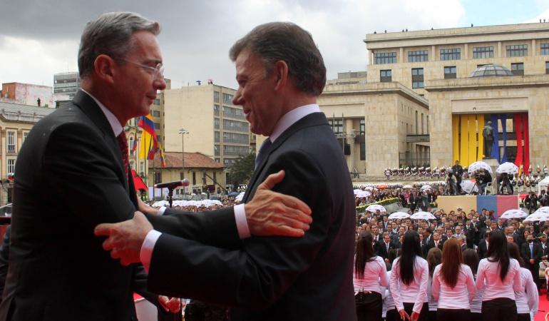 La paz se logrará con o sin Uribe, prefiero mil veces que sea con él: Santos