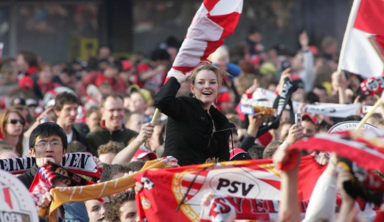 PSV Atlético de Madrid Liga de Campeones: Exigen medidas judiciales tras actos racistas de los seguidores del PSV