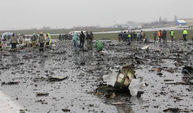 Una colombiana, entre la tripulación del avión accidentado en Rusia