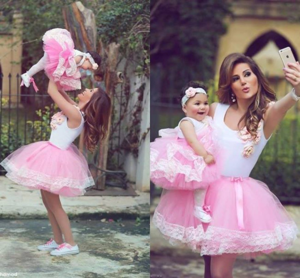 Las Dulces Fotos De Madre E Hija Vestidas Igual Fotogaleria