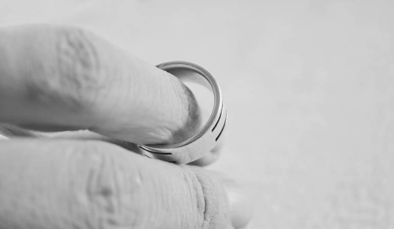 Incrementó el numero de divorcios y cayó el número de matrimonios en Colombia durante 2015: En 2015 creció el número de divorcios en el país