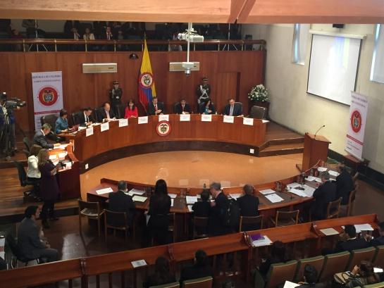 Debate reforma de equilibrio de poderes: Debate crucial sobre reforma de equilibrio de poderes