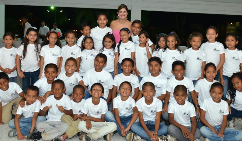 Vivi Barguil de Sarmiento dirige la Fundación A la Rueda Rueda que beneficia a más de 240 niños de Montería.