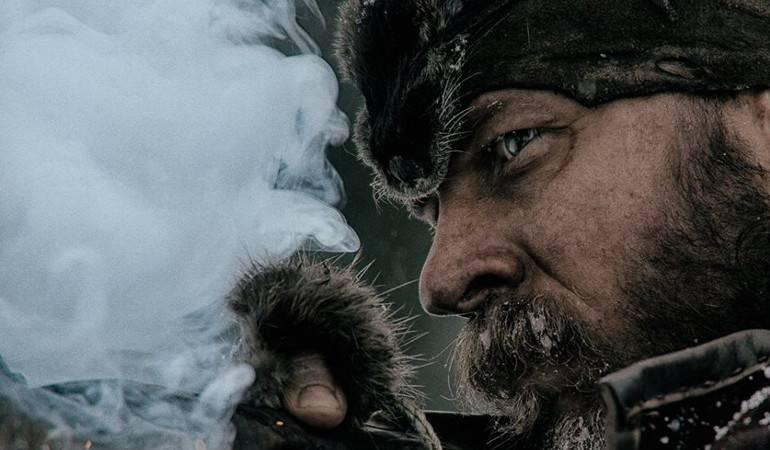 Nueva canción en honor a Leonardo DiCaprio y el oso de 'El Renacido': Leonardo DiCaprio y el oso de 'El Renacido' ya tienen su propia canción