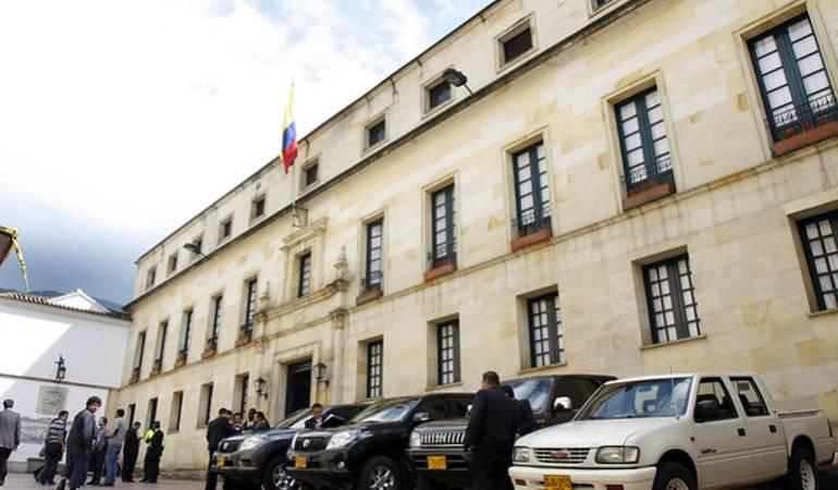 Cancillería activa plan de contingencia para atender Colombianos en Ecuador