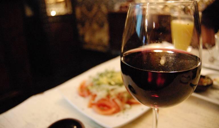 Colombianos consumen cada día más vino