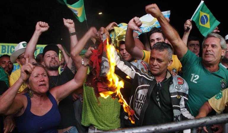 Crisis en Brasil: Gobernabilidad y Democracia en América Latina