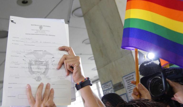 matrimonio igualitario: Corte debió aclarar si jueces y notarios pueden objetar conciencia en matrimonios igualitarios