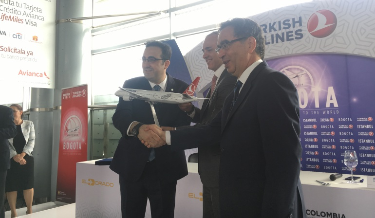 Turkish Airlines Colombia: Aterrizó el primer vuelo de Turkish Airlines en Colombia