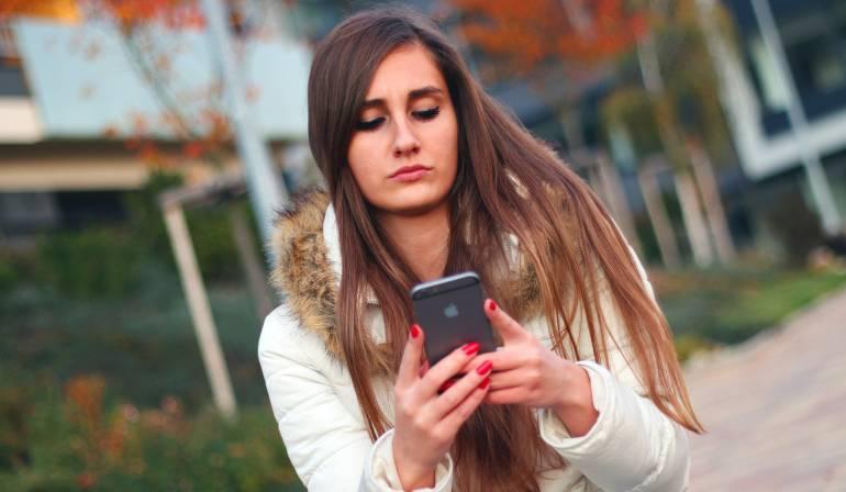 Conozca cómo leer sus mensajes de WhatsApp y Facebook sin dejar rastro: Conozca cómo leer mensajes en WhatsApp y Facebook y pasar desapercibido