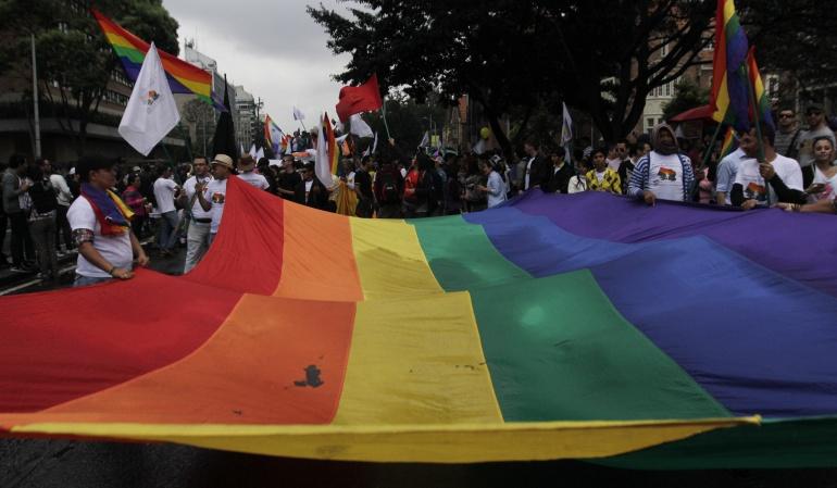 Reforma constitucional que reconocerá matrimonio gay: Peña Nieto anuncia una reforma constitucional que reconocerá matrimonio gay