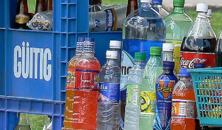 Prohíben las gaseosas en los colegios: La venta de gaseosas sale de las escuelas primarias del país