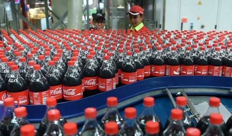 Posible interrupción en plantas de Coca Cola en Venezuela: Coca-Cola advierte de posible interrupción de sus plantas en Venezuela