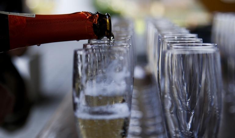Borrachos en el trabajo: Admiten demanda contra norma que prohíbe llegar borracho a trabajar
