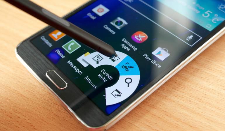 Demanda entre empresas de telefonía celular por patentes de equipos móviles: Huawei demanda a Samsung por violación de patentes en telefonía móvil