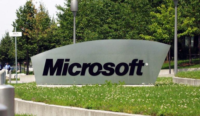 """Microsoft smartphones: Microsoft reestructura su negocio de """"smartphones"""" y anuncia 1.850 despidos"""