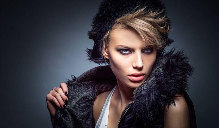 Cómo es la vida de las modelos: Las dificultades de sobrevivir en la industria del modelaje