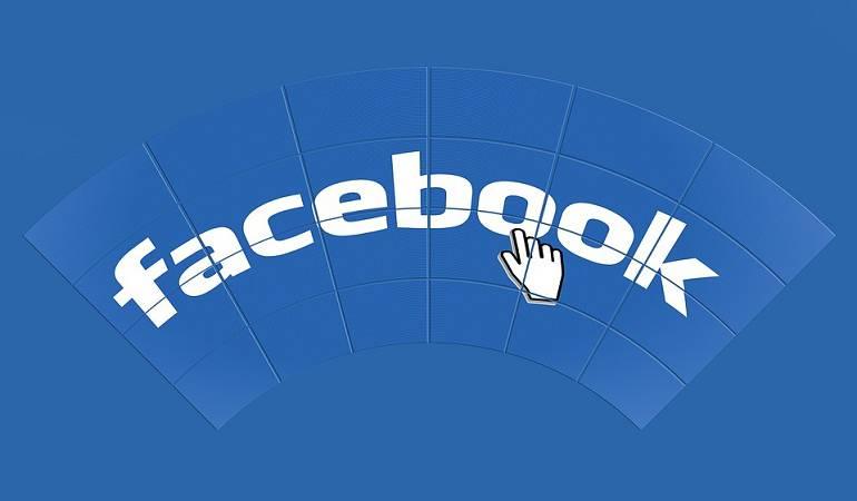 Mujer racista en Facebook: Mujer es multada por comentarios racistas en Facebook