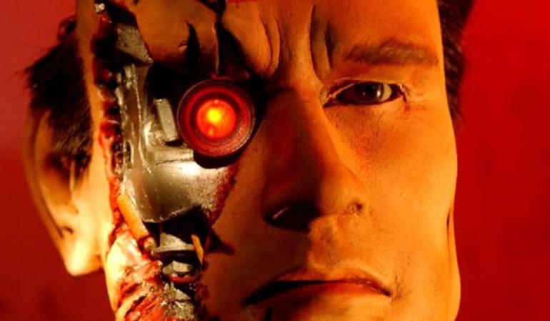 Google creó una posible solución a una guerra entre máquinas y humanos: Patentan botón para apagar la inteligencia artificial en caso de una rebelión
