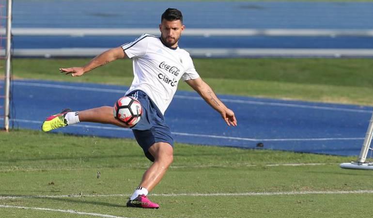 """Final Copa América Centenario 2016: Agüero insinúa que varios seguirán a Messi, a quien vio """"jodido"""""""