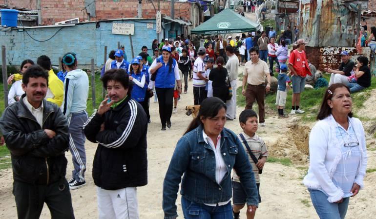desplazamiento forzado Colombia: Protegen a campesinos que deben devolver tierras a desplazados