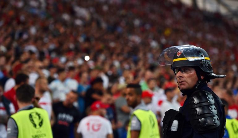Eurocopa UEFA: Por incidentes entre hinchas, la UEFA abre investigación a Portugal y Polonia