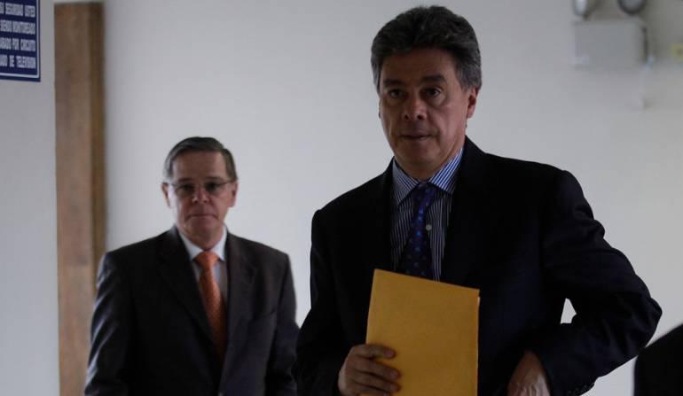 Abuseltos por corrupción: Absuelven a Carlos Albornoz por caso DNE