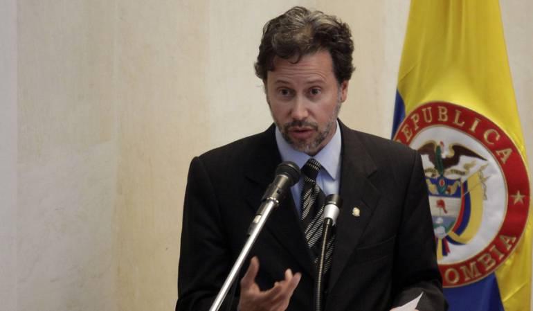 magistrado Néstor Raúl Correa restitución de tierras: Archivan investigación al magistrado de la Judicatura Néstor Raúl Correa