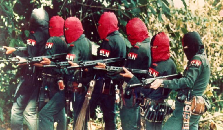 Exigen cierre de emisoras del Eln que transmiten en Venezuela